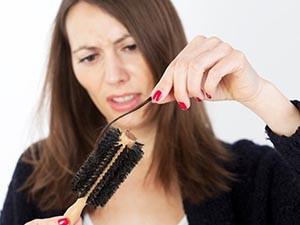 Причины выпадения волос при климаксе
