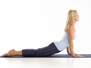 Что изменит йога при климаксе у женщин