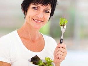 Значение питания при лечении приливов в менопаузе
