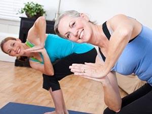 Рекомендуемые позы йоги для женщин при климаксе