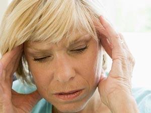 Почему возникает жар в менопаузе у женщин