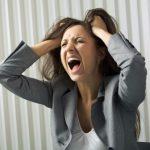 Как проявляется предменструальный синдром